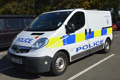 VU09 LUB (S11 AUN) Tags: warwickshire warks police vauxhall vivaro fciu forensic collision investigation unit ciu 999 emergency vehicle vu09lub
