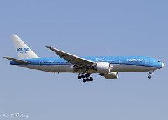 KLM ASIA (100 Years) 777-200(ER) PH-BQF (birrlad) Tags: jfk nyc newyork international airport usa klm 100th anniversary titles decals dutch amsterdam boeing b777 b772 777 777200er 777206er asia phbqf aircraft aviation airplane airplanes airline airliner airlines airways arrival arriving landing runway approach finals
