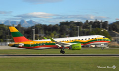 "Airbus A220-300, Air Baltic livrée ""Lithuanian Flag"", YL-CSK (maxguenat) Tags: avion spotter spotting cointrin atterrissage"