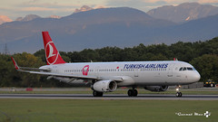 "Airbus A321-231, Turkish Airlines livrée ""PinkCap"", TC-JTK (maxguenat) Tags: avion spotter spotting cointrin atterrissage"