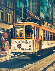 Oporto (Ro Cafe) Tags: oporto portugal street city urban summer travel tram nikkor2470mmf28 sonya7iii
