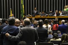 Plenário do Congresso (Senado Federal) Tags: plenã¡rio sessã£oconjunta votaã§ã£o apreciaã§ã£odevetos cã¢maradosdeputados pl50292019 lei138772019 regraseleitorais pln52019 ldo senadoresperidiã£oaminppsc senadortassojereissatipsdbce celular foto brasãlia df brasil plenário sessãoconjunta votação apreciaçãodevetos câmaradosdeputados senadoresperidiãoaminppsc