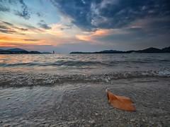 IMG_1647 ~ tinggal (achem74) Tags: sunset sundown beach seascape shoreline coast lumut perak malaysia travel place trip canon eos700d canoneos700d sigmalens 10mm20mm orientstar lumutsuites happyplanet asiafavorites