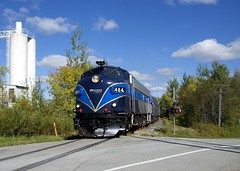 OEXX 484 (Michael Berry Railfan) Tags: oexx484 fl9 emd orfordexpress sherbrooke train passengertrain cmq centralmaineandquebecrailway sherbrookesub