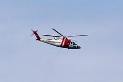20110618 - 114648 - IMG_6194 - Henriks 7D (Susanne & Henrik Dunér) Tags: sky cielo nebo céu himmel ciel tiānkōng sama helicopter