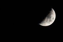 Crescent moonset (Minder Cheng) Tags: berkeleyhills moon berkeley california unitedstates