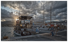 End of the Day (WS Foto) Tags: karpathos pigadia greece griechenland europe eu dodekanes dodecanes griechischeinseln greekislands hafen harbour boote boats dusk dämmerung