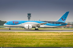 [BRU.2018] #TUI.Airlines.Belgium #TB #JAF #Boeing #B787 #Dreamliner #OO-LOE #Pearl #awp (CHRISTELER / AeroWorldpictures Team) Tags: airliner european tuiairlinesbelgium tb jaf jetair thomsonairways by tom tuiairways uk belgium pearl tuigroup plane aircraft airplane avion charleston kchs usa boeing b787 7878 b788 dreamliner msn36426260 genx ooloe gtuig tui planespotting edie landing twr toweratc brussels national bru ebbr zaventem belgique spotter christeler avgeek photography aviation aeroworldpictures awp team d300s nikon nikkor 70300vr nef raw lightroom nikond300s nikkor70300vr rawnef 2018