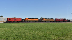 Heading to a new home (Robby Gragg) Tags: dlcx gp18 181 galesburg