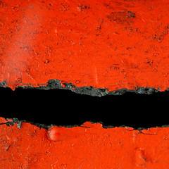 maw (caeciliametella) Tags: lorrainekerr photography caeciliametella abstract astratto 11 square quadrato urbano urban wallsend red rosso black nero void split dirt conostradale maw