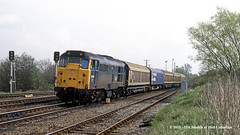 19/04/1988 - Thorne Junction, South Yorkshire. (53A Models) Tags: britishrail brush type2 class31 31421 diesel freight thornejunction thorne doncaster southyorkshire train railway locomotive railroad