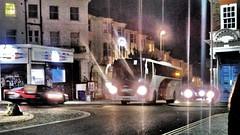 Lucketts Coach 5508 at Seven Dials Brighton. (ManOfYorkshire) Tags: lucketts fareham 7dials sevendials brighton night nighttime coach bus railreplacement service duty 5508 yt09flw scania omniexpress lahden 2009 2019
