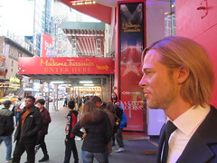 2019 Putting out the Pitt - Brad Pitt on sidewalk Wax display 5110 (Brechtbug) Tags: putting 2019 street nyc madame brad museum out display manhattan midtown sidewalk wax pitt 42nd tussauds 10092019 new york city uk tussaud england public october britain vampire royal british sometimes museums brit mannequin dummies mannequins with s dummy interview