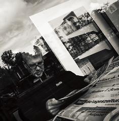 Berliner #976 (.Dirk) Tags: berlin olympusepm1 olylenscap158 street people prime mft m43 bmw sw bw hisownshop window display reflexion reflection fenster schöneberg