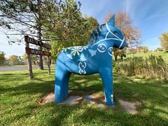 Dala horse in Scandia, Minnesota (Lorie Shaull) Tags: scandia dalahorse minnesota
