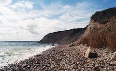 Clay Head (neilsonabeel) Tags: blockisland rhodeisland beach newengland clayhead film analogue ocean water rock nikonfm2 nikon nikkor