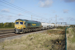 66617 Millbrook (Gridboy56) Tags: freight freightliner europe england emd wagons diesel cargo class66 gm shed millbrook tunstead westthurrock cement locomotive locomotives uk trains train railways railroad railfreight 66617 6l45 bedfordshire