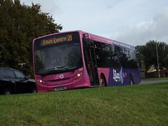 Uno ADL Enviro 200 521 YX65 RNU (Alex S. Transport Photography) Tags: bus outdoor road vehicle adlenviro200 enviro200 e200 uno route21branding route21 lilac universitybus 521 yx65rnu