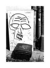 TV Skull on Hp5 (rudeskull) Tags: blanconegro blackandwhite analog orwo papier deutschland berlin ostberlin skull tv ilford street strase nikon f3 xtol noiretblanc festbrennweite germany europa fernsehen schädel grafiti trash