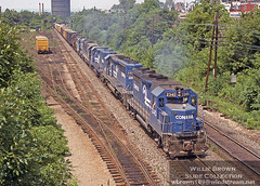 GP35 2340 powers a freight at Allentown, PA in July of 1979. (Willie - Brown) Tags: williebrownslidecollection conrail gp35 emd