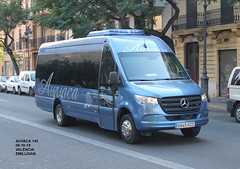 Mercedes Benz Sprinter - Auvaca 145 (emilijoan_2) Tags: autobus fotobusvalencia busfan instabus busspotter autocar minibus transport transporte people city travel