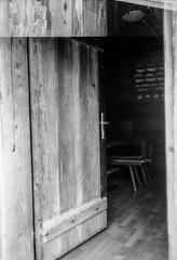 Come In (svnsmts) Tags: 35mm dachstein austria canon a35f kosmofoto kodak portra400 shotonfilm filmphotography analog gosau