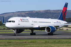 Delta Airlines, Boeing 757-2Q8, N713TW. (M. Leith Photography) Tags: airport scotland scottish sunshine boeing 757 jet plane flying delta airlines airliner usa american mark leith photography nikon d7200 70200vrii glasgow