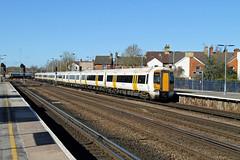 375618 375802 Tonbridge (CD Sansome) Tags: tonbridge train trains electrostar govia 375 375618 375802 station south eastern southeastern