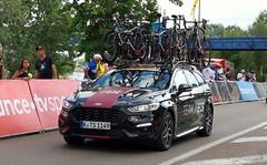 Ford Mondeo Team Ineos Tour de France (crash71100) Tags: ford mondeo tour de france