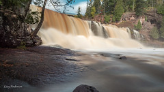 Gooseberry Falls State Park (Lzzy Anderson) Tags: gooseberryfallsstatepark gooseberryfalls northshore upnorth minnesota 2019 october autumn waterfall falls longexposure water rushingwater rock cliff woods forest flooded changingleaves leafchange peak peakweekend