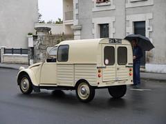 Citroën 250 1977 (929V6) Tags: cw423na 2cv deuxchevaux besteleend azu