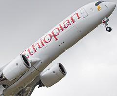 Airbus A350-900 Ethiopian ET-AWO (Aeropics.97) Tags: airbus a350 a359 a350900 avgeeks takeoff toulouse toulouseairport aircraft newplanes plane avion ethiopian ethiopia ethiopie etawo