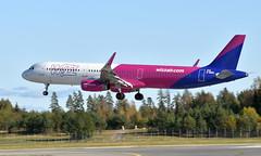 WizzAir G-WUKL, OSL ENGM Gardermoen (Inger Bjørndal Foss) Tags: gwukl wizzair airbus a321 osl engm gardermoen