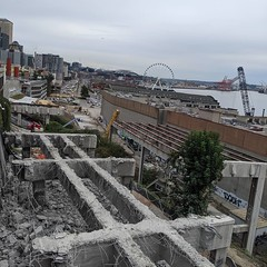 North portion of viaduct removal progressing (Seattle Department of Transportation) Tags: seattle sdot transportation donghochang north portion viaduct removal progressing demo demolition alaskanway waterfront stadium big ferris wheel