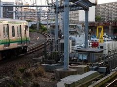 sharp curve (kasa51) Tags: sharpcurve railway station yokohama japan 急カーブ 京浜東北線 横浜線