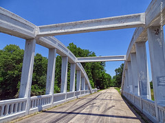 Rainbow Bridge on Route 66, 8 June 2019 (photography.by.ROEVER) Tags: kansas roadtrip daytrip dayroadtrip trip june 2019 june2019 66 us66 oldus66 route66 highway66 getyourkicksonroute66 themotherroad highway road cherokeecounty bridge rainbowbridge brushcreekbridge singlespan concrete marsharchbridge jamesbarneymarsh nationalregisterofhistoricplaces archbridge route66bridge usa