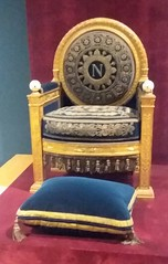 Napoleon I's throne from the Tuileries (sftrajan) Tags: decorativearts furniture throne napoleon louvre paris france mobilario mobilier museum classicalrevival artsdecoratifs artesdecorativas artsdécoratifs dekorativekunst muséedulouvre louvremuseum museo empirestyle trône siège gilded françoishonorégeorgesjacobdesmalter boisdoré palace salledutrônedestuileries