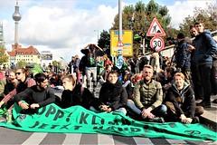 IMG_5202 muhlendamm (Extinction Rebellion Sverige) Tags: berlinupproret extinction rebellion berlin sverige svenskar globalt uppror internationellt xr
