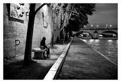"""""""Figures Libres à Paris 161"""" (TBWLC Photography) Tags: fdrouet tbwlc nuit night street nikon d610 paris nb bw monochrome"""