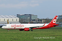 A321 HB-JOX AIR BERLIN\BELAIR (shanairpic) Tags: jetairliner passengerjet a321 airbusa321 shannon condor airberlin belair datcd datce hbjox oeige oelnz
