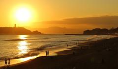 Shounan Sunset (seiji2012) Tags: japan kamakura sichirigahama beach sunset sea silhouette 鎌倉 七里ヶ浜 夕日 日没 シルエット 江ノ島 湘南 happyplanet asiafavorites