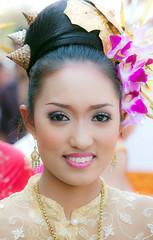 Flower Girl, Chiang Mai, Thailand (klauslang99) Tags: klauslang portrait woman girl flowers face
