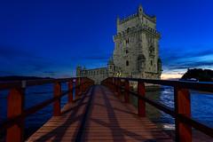Torre de Belém (Roman Achrainer) Tags: torredebelém lissabon sehenswürdigkeit turm see achrainer bauten portugal meer brücke steg