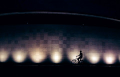 Van Gogh (The Rolling Spoke) Tags: bike bicycle bici bicicleta bicicletta fiets fahrrad velo street streetphotography night lights museum vangogh silhouette museumplein amsterdam mono
