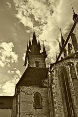 Jižní věž kostela Matky Boží před Týnem