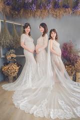 閨蜜孕媽咪 (8)-1 (KoHsin Yen) Tags: canon5diii family pregnant spacea攝影棚 孕婦寫真 親子寫真 台中攝影師 台中婚攝 台中女攝 yumu羽沐訂製禮服 孕婦禮服