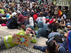 Climatestrike (Ruby Studypunk) Tags: discover travel world education university college campus study student berlin germany climate strike fashion marketing instagram project planet earth save abroad exchange semester lifestyle motivation studyhard