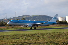KLM Cityhopper PH-EXB BHD 08/10/19 (ethana23) Tags: planes planespotting aviation aeroplane avgeek aircraft airplane embraer e190 190 klm cityhopper