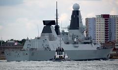 HMS Dragon (Bernie Condon) Tags: destroyer type45 dragon hmsdragon warship military navy royalnavy uk british rn ship boat naval portsmouth solent hampshire