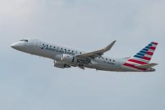 N260NN American Eagle Embraer ERJ-175LR (ERJ-170-200LR) (Lin.y.c) Tags: n260nn american eagle embraer erj175lr erj170200lr americaneagle erj175 erj170 envoy aviation airplane ohare ord kord chicago 2019 201907 20190726